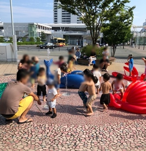 テラスモール湘南(テラモ)噴水 水遊び