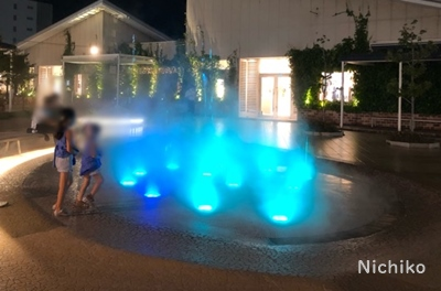 テラスモール湘南 噴水 ライトアップ